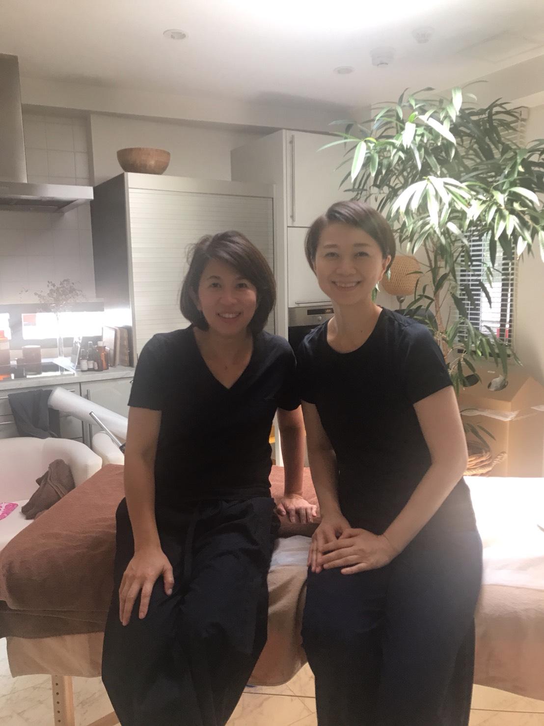 ARTQinstitute校長のアネルズあづさ先生と(2018年6月オーストラリア)