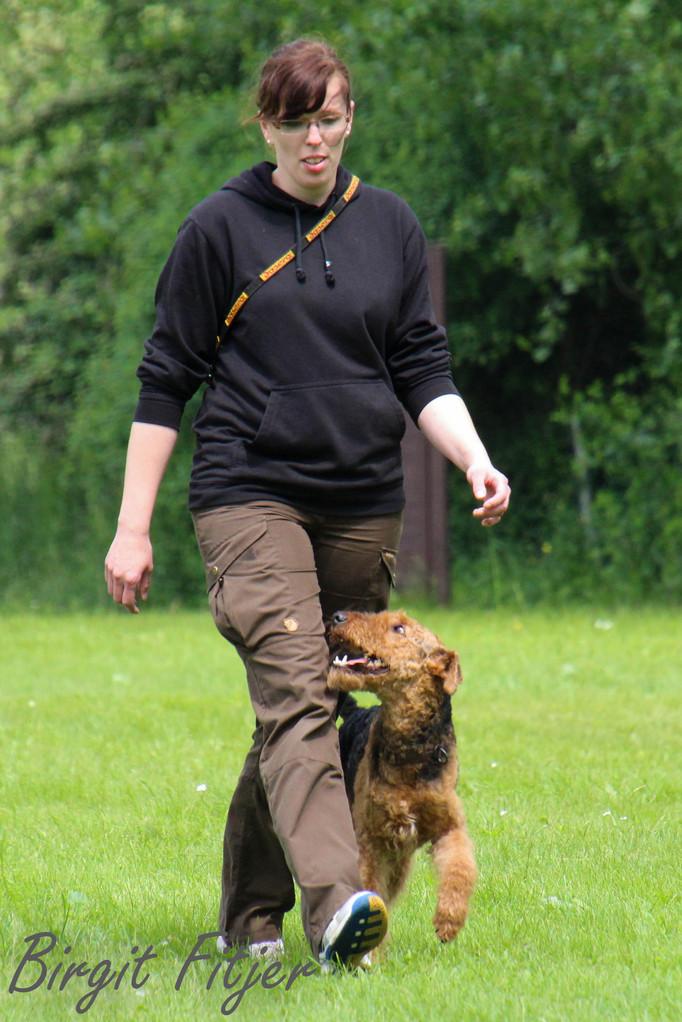 Nadine Wollborn mit Exe vom Bismarckstein - Blindenhund