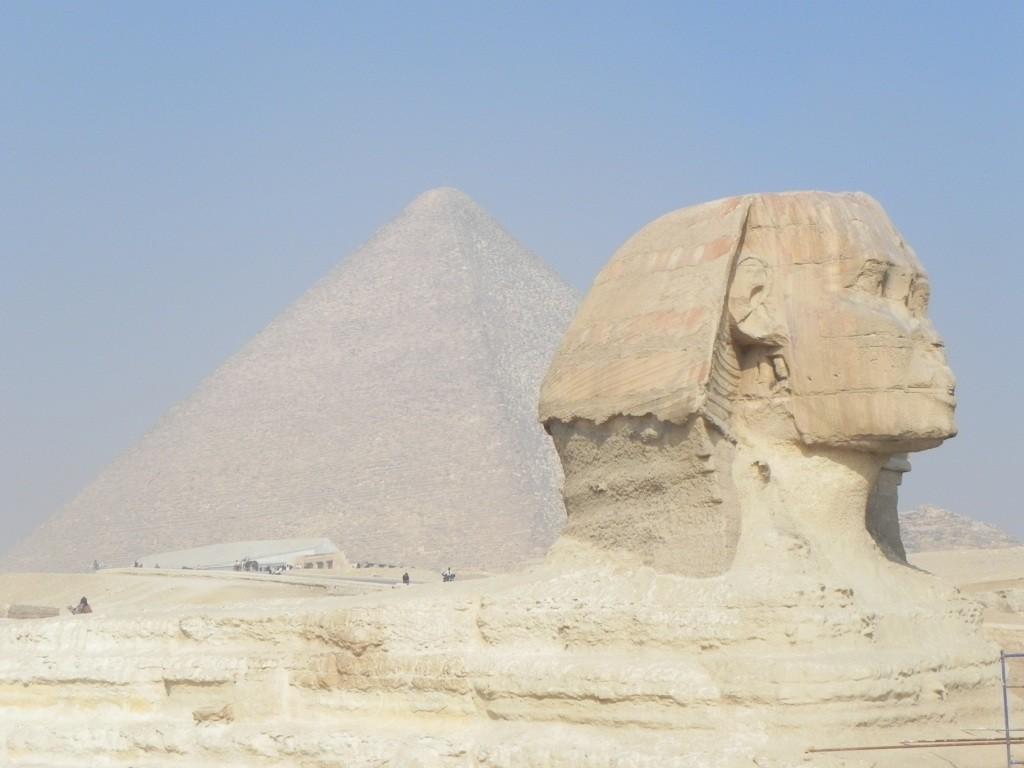 La Sfinge e la piramide di Kefren