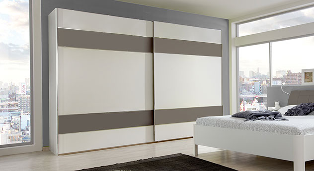 ordnung im kleiderschrank by helena rafuna. Black Bedroom Furniture Sets. Home Design Ideas