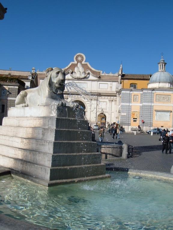 Фонтан на площади del Popolo