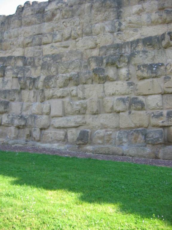 Стена 4 в. до н. э.