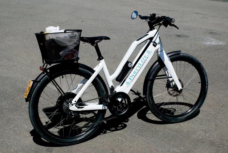 vélo electrique blanc pas cher