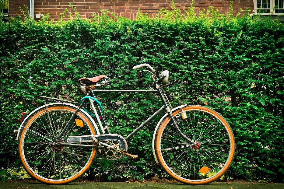 vélo vintage ancien noir