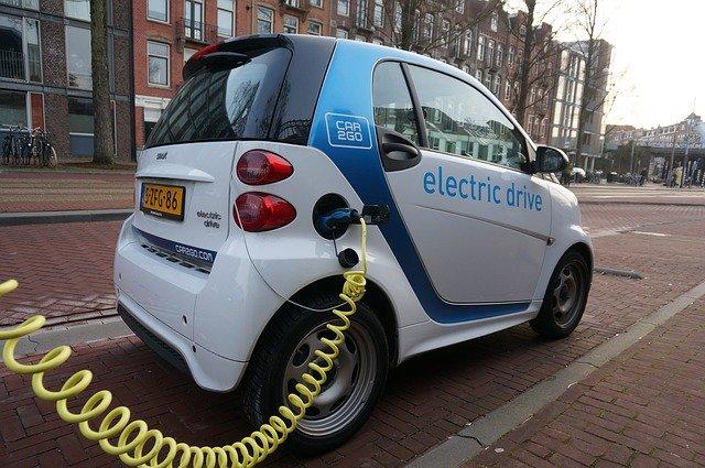 Smart électrique blanche