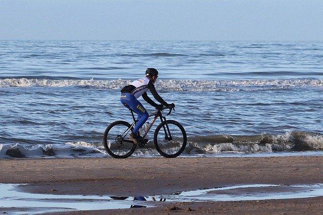 vélo plage et mer