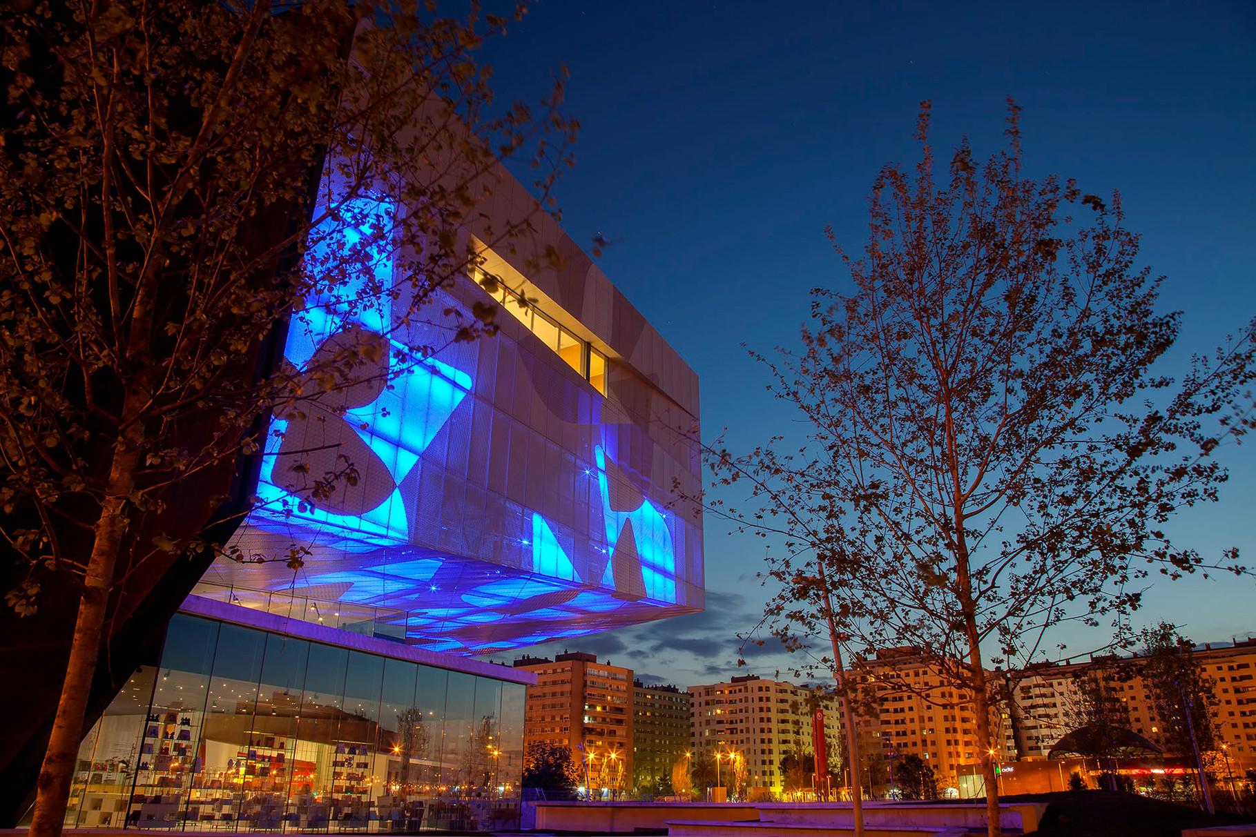 El nou Museu Caixaforum Saragossa. Nuevo Museo Caixaforum Zaragoza. New Zaragoza Caixaforum Museum