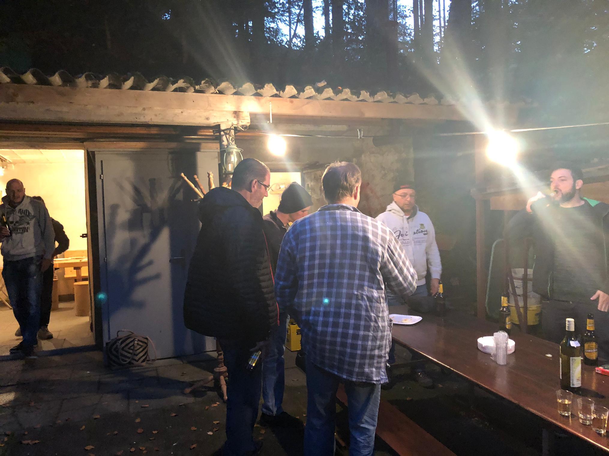 Austrinket Clubhütte
