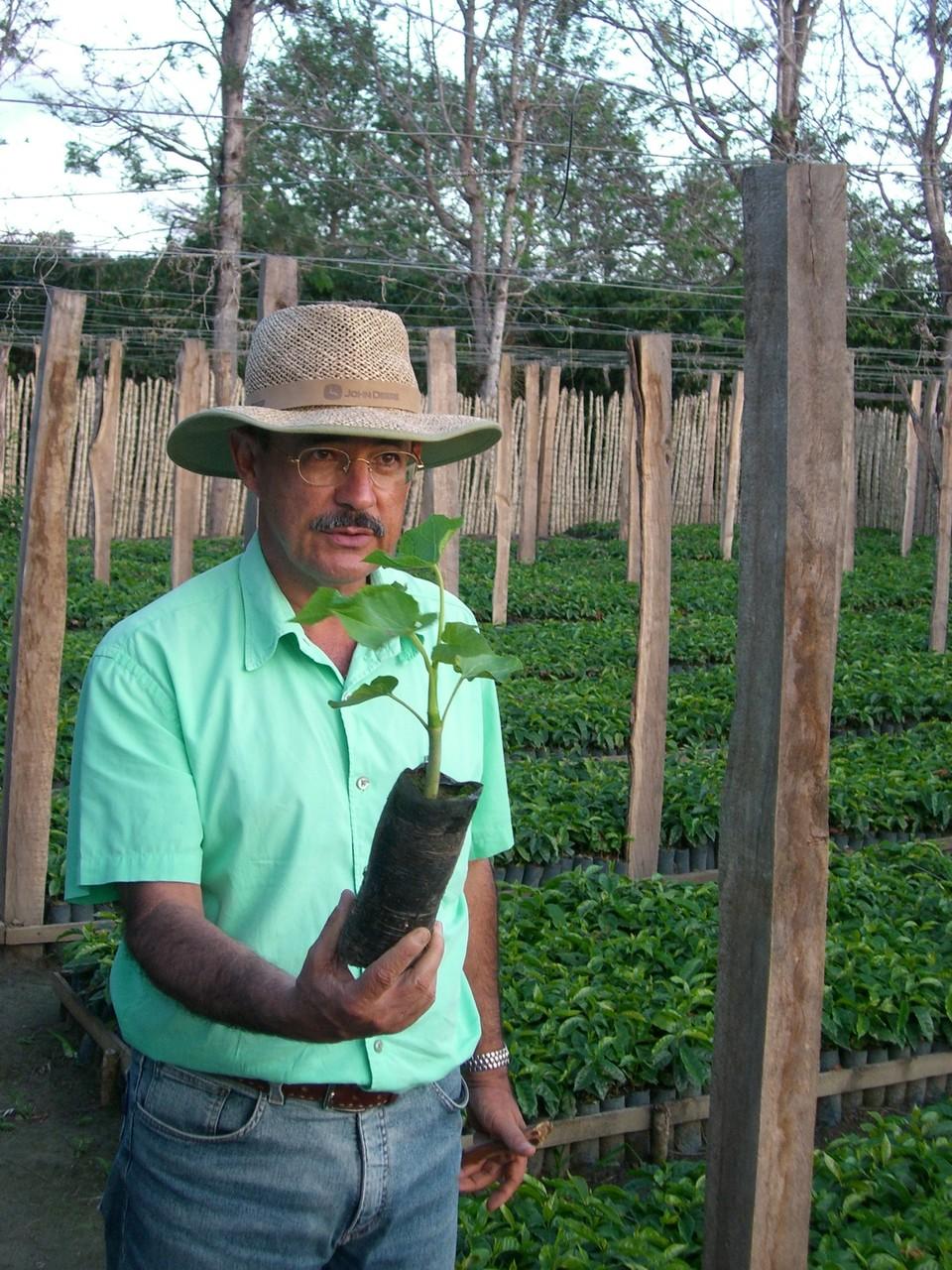 """Agraringenieur Cesar Neri mit über 40 Jahren """"Kaffeeerfahrung"""""""
