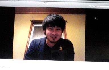 今回もアサノのいる福島とスカイプを繋いだ。