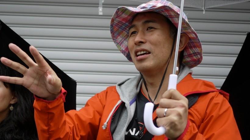 町歩きを主催した、建築家の豊田善幸。震災前から、江名の美しさに魅了されてきた一人だ。