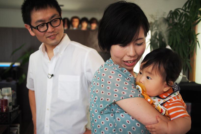 幸せいっぱいの菅原さん家族。