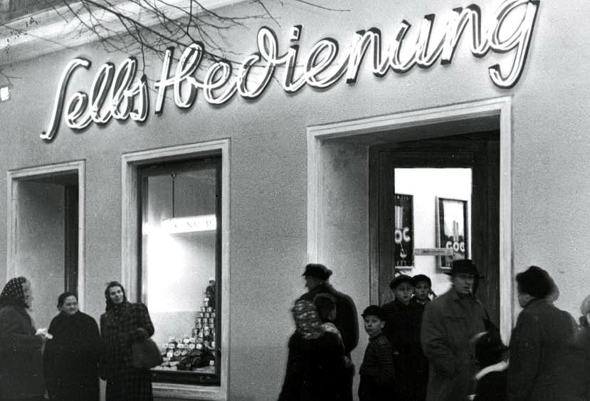 Erster Selbedienungsladen der KGW 1950