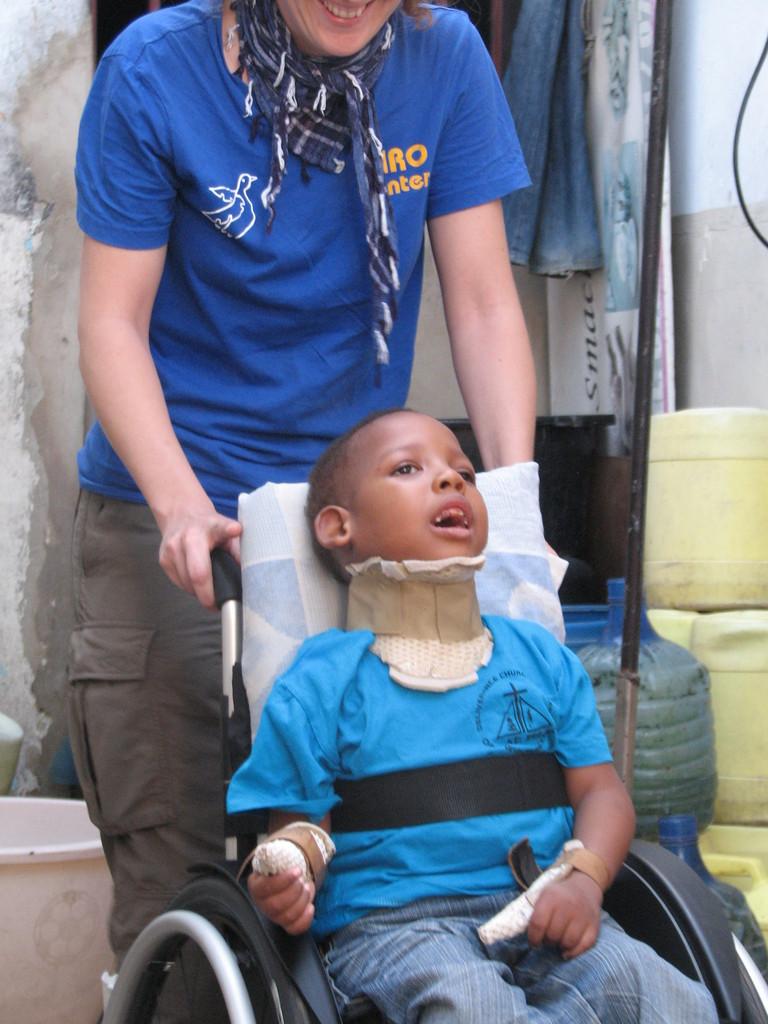 Samuels erster Ausflug im Rollstuhl