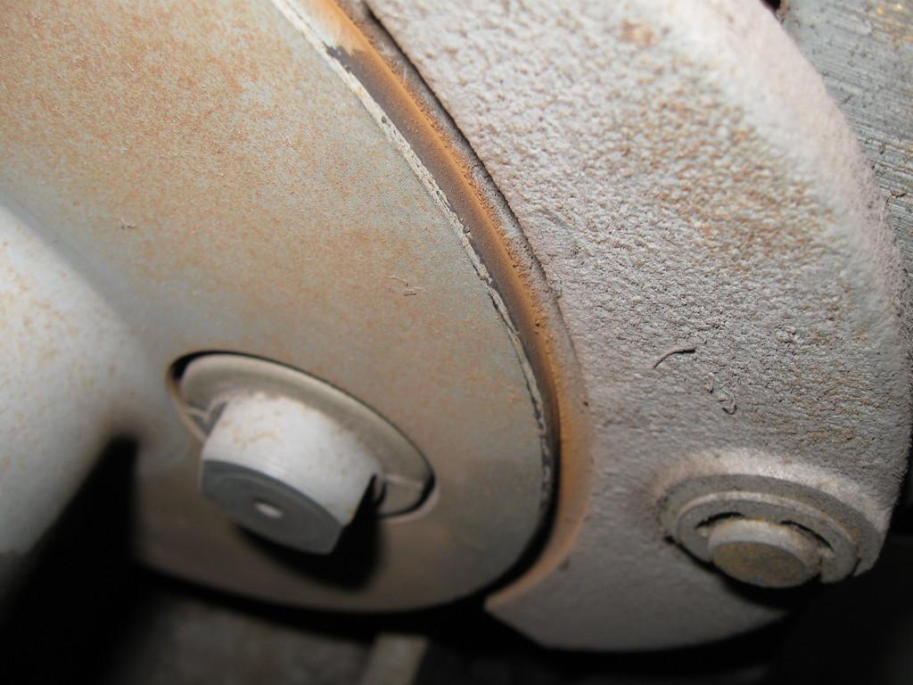 トラクションマシーンの油漏れ等のチェック