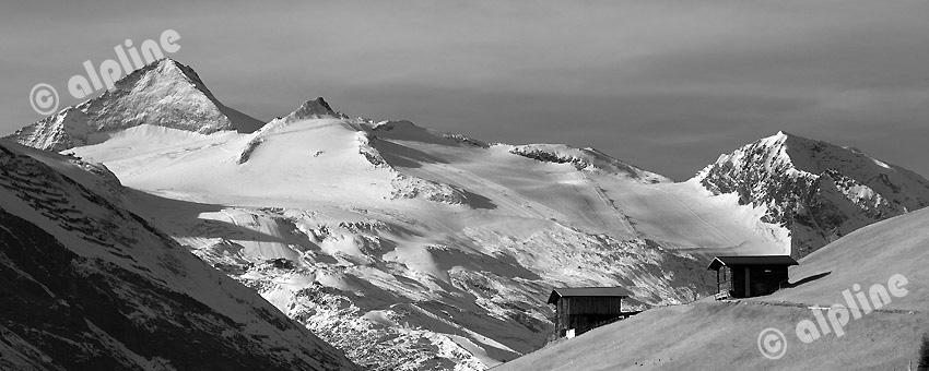 Der Olperer aus dem Tuxer Tal bei Lanersbach  (Tuxer und Zillertaler Alpen) Tirol