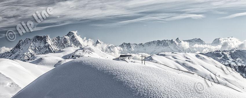 Im Saalbacher Skigebiet mit Blck zu den Leoganger Steinbergen, Pinzgau, Salzburger Land