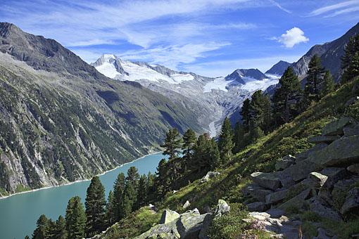 Tirol, Region Zillertal; Schlegeissee gegen Gr. Möseler 3480m Zillertaler Hauptkamm,