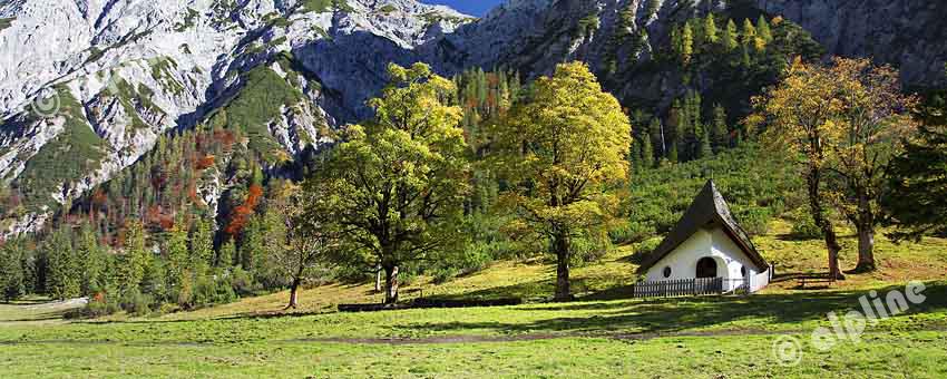 Karwendel Gebirge; Herbst Im Falzturntal Nähe Grami, Naturpark Karwendel, Tirol