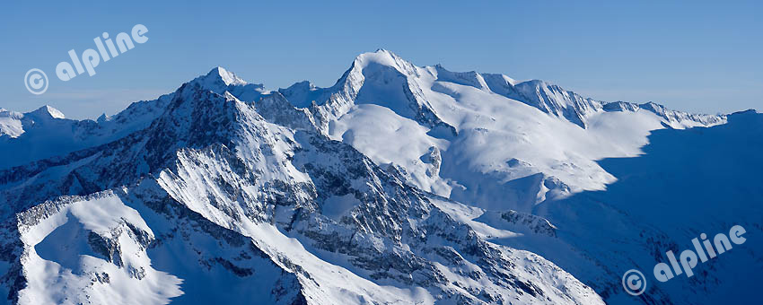 Panorama Zillertaler Alpen Hauptkamm v.li. Hornspitzen, Turnerkamp, Gr. Möseler, Tirol