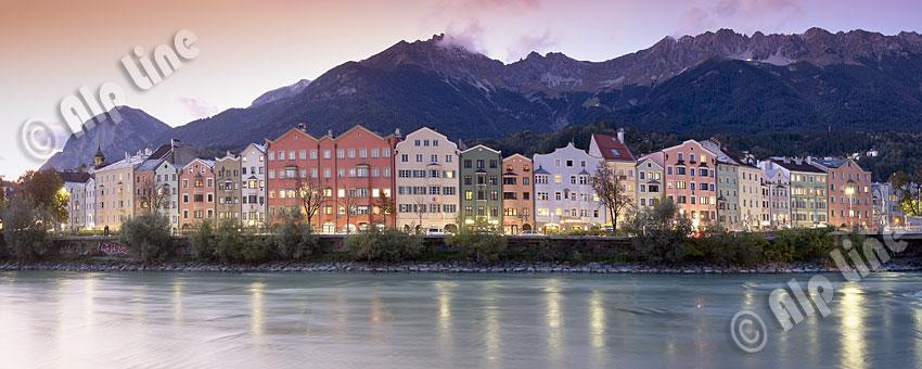 Die Höttinger Häuserzeile in Innsbruck, Tirol
