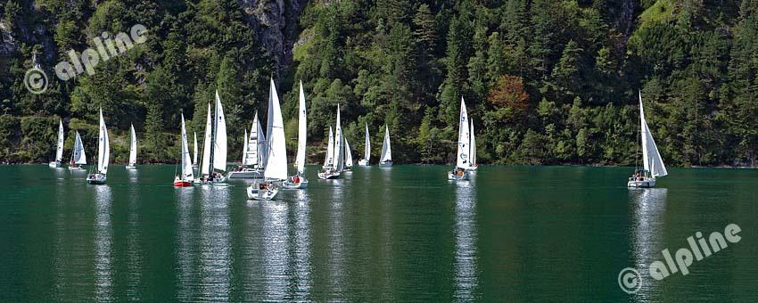 Segelboote am Achensee bei Achenkirch, Tirol