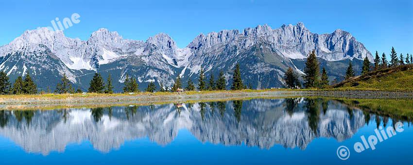 Speichersee am Astberg bei Going gegen das Kaisergebirge bei St. Johann, nähe Kitzbühel, Tirol