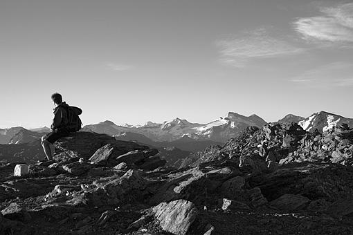 Morgenstimmung am Glungezer mit Blick zum Olperer, Tuxer Alpen, Tirol