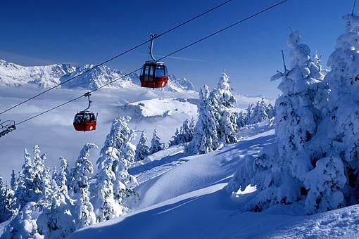 Hohe Salve Skigebiet bei Söll mit Kaiser Gebirge, Tirol