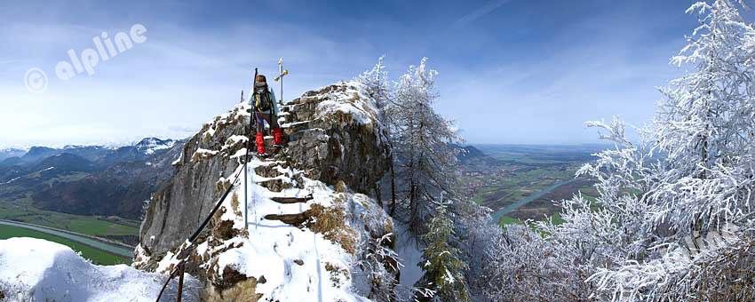 Tirol, unteres Inntal, Blick vom Kranzhorn bei Erl, Nähe Kufstein auf das Inntal und die Bayerischen Voralpen