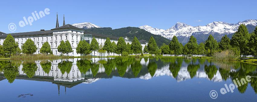 Steiermark; Stift Admont gegen Ennstaler Alpen (Ennstaler Alpen)
