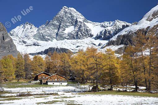 Der Großglockner bei Kals mit der Jörgenalm im Ködnitztal, Osttirol