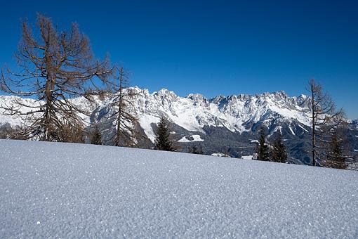 Winterliches Kaisergebirge im Tiroler Unterland
