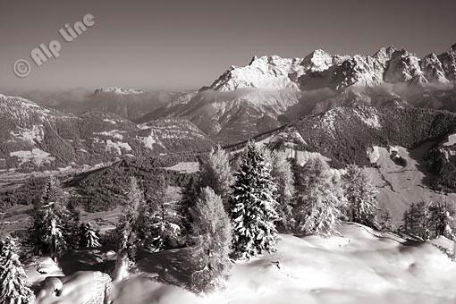 Die Loferer Steinberge und Buchensteinwand bei Fieberbrunn, Pillerseetal, Tirol