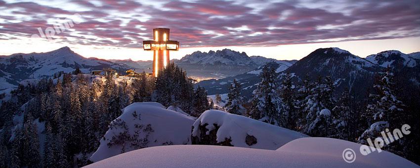 Jakobskreuz auf der Buchensteinwand bei Fieberbrunn im Pillerseetal, Tirol