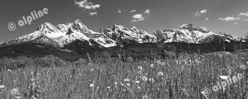 Das steinerne Meer bei Saalfelden, Pinzgau, Salzburger Land (schwarzweiss)