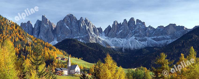 Bei  St.Magdalena im Villnößtal gegen die Geislergruppe, Dolomiten, Südtirol