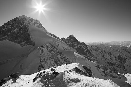Tirol, Region Zillertal; Schigebiet Gefrorene Wand, der Olperer und Fußstein (Tuxer Alpen) im Tuxer Tal vom Gr. Kaserer
