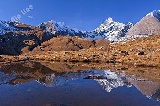 Bergsee bei Kals gegen Großglockner, Osttirol