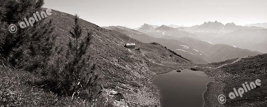 Blick vom Radlsee (Sarntaler Alpen) gegen die Geislergruppe, Südtirol