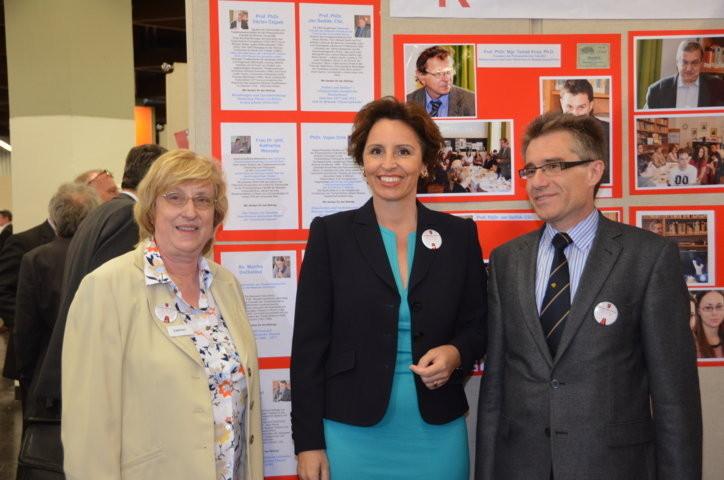 Die bayrische Staatsministerin Frau Christine Haderthauer zu Besuch an unserem Stand