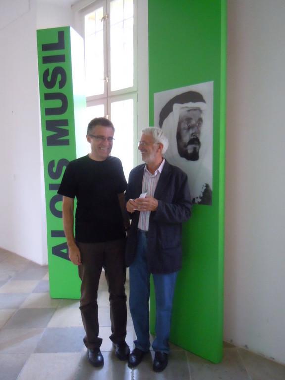 Dr. Zdeněk Mareček und Dr. Vojen Drlík diskutieren über das Leben und Werk der beiden Musil-Cousins