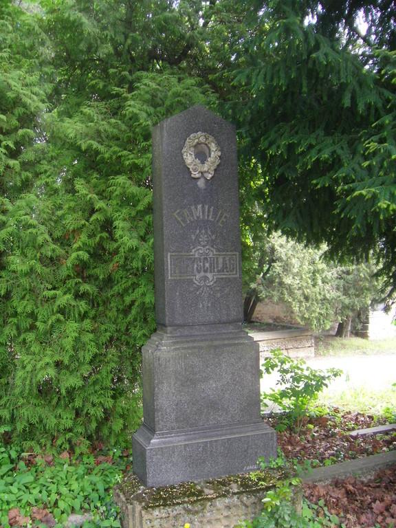 Familie Freyschlag, ebenfalls Altbrünn, besaß ein Kolonialwarengeschäft