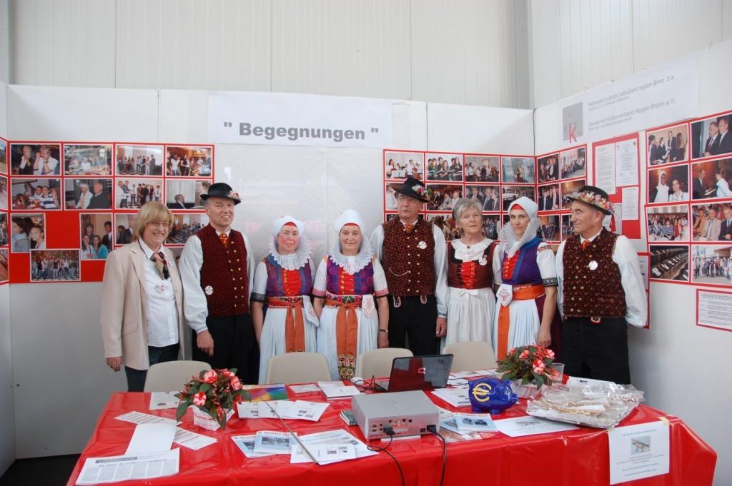 Wischauer Trachtengruppe zu Besuch an unserem Stand