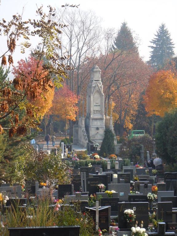 Grabmal der Familie Herring, eine Familie der Brünner Gründerjahre