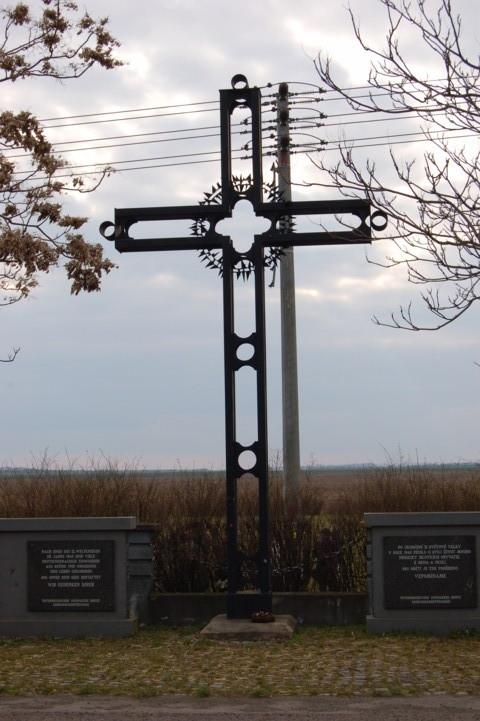 """Pohrlitzer Gedenkmal für die Opfer des """"Brünner Todesmarsches"""""""