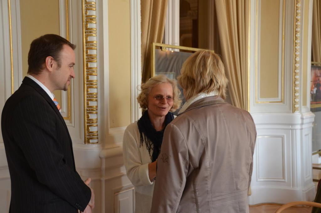 Frau Dr. Věra Koupilová, Referatsleiterin für Minderheiten des Lankreises Südmähren sowie Herr Martin Dzingel, Präsident der Landesversammlung gehören zu den Ehrengästen des Nachmittags