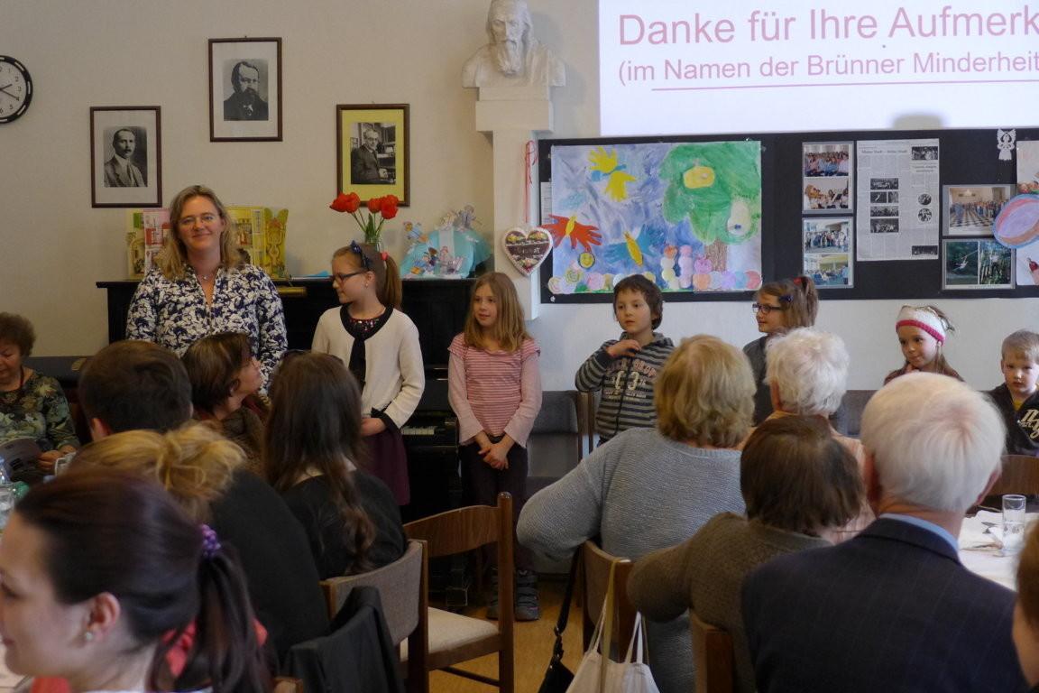 ...... was sie bei Frau Kuříková (ganz links) gelernt haben