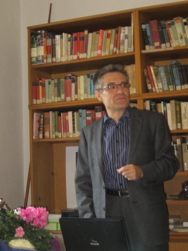 Herr Dr. Mareček berichtet über den Dichter Karl Kreisler sowie den Schriftsteller Karl Teller, beide einst Studenten des Gymnasiums.