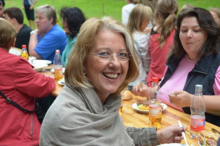 Die Rektorin der Anne Frank-Schule, Frau Beate Müller,  ist ebenfalls zufrieden mit dem Verlauf des Projektes